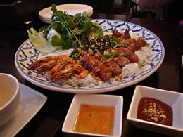 Vietnamesisches Essen - Sommerrollen-Mix Platte
