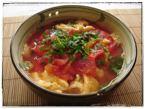 Tomaten-Eier-Suppe