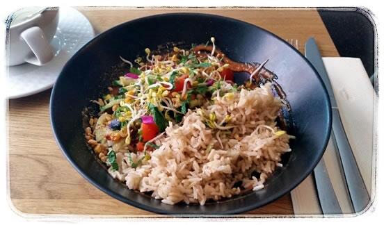 Vegan Restaurant München Gratitude-Grilled-Avocado