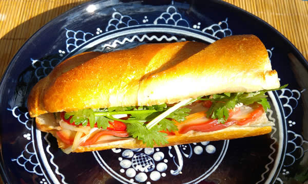 banh-Mi-thit-vietnamesisches-baguette