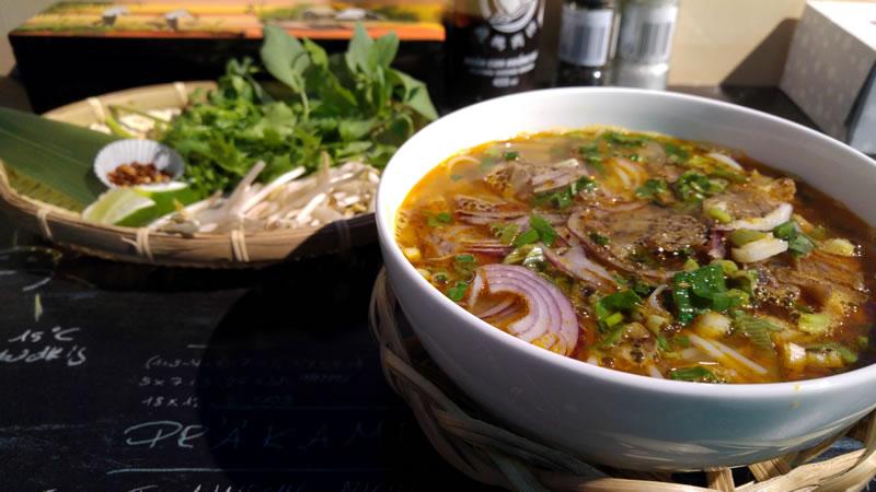 vietnamesisch-essen-harras-bun-bo-hue